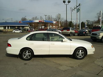 Photo 1999 Toyota Avalon XLS V6
