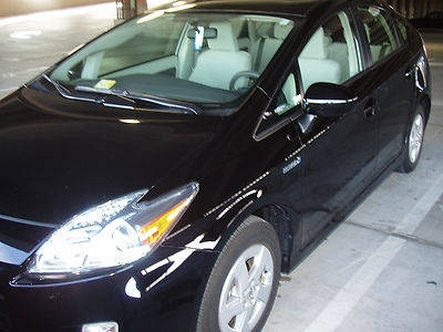 Photo 2010 Black Toyota Prius II  Hatchback 4-Door 1.8L