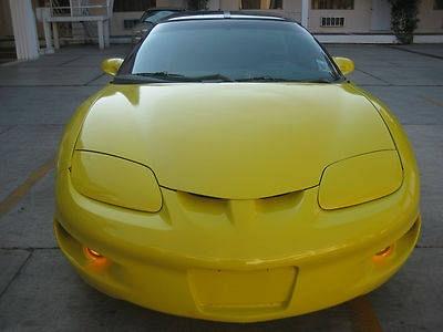 Photo 1999 Pontiac Firebird Base Coupe 2-Door 3.8L