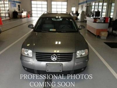 Photo 2004 Volkswagen Passat Wagon Station Wagon GLX