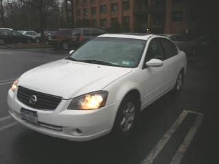 Photo 2006 White w Tan Leather Nissan Altima SL Sedan 4-Door 2.5L