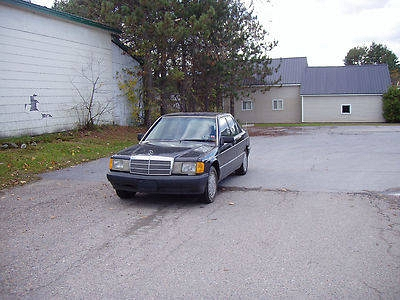 Photo 1991 Mercedes-Benz 190E 2.6L 5 sped Manual VERY RARE