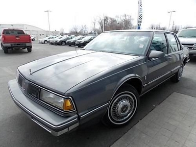 Photo 1987 OLDSMOBILE DELTA 88