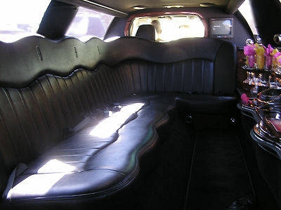 Photo Black 2003 Lincoln Town Car  Limousine 4-Door 4.6L one owner