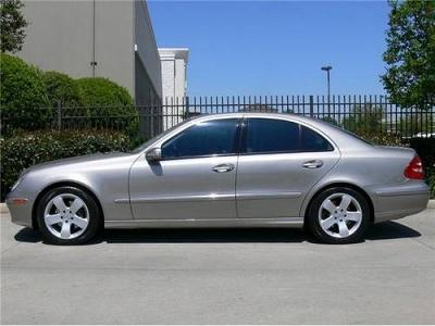 2005 Mercedes-Benz E500 4dr Car 5.0L