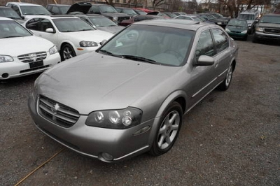 Photo 2000 Nissan Maxima  SE- 5-SPEED  Leather Moon-Roof 3400