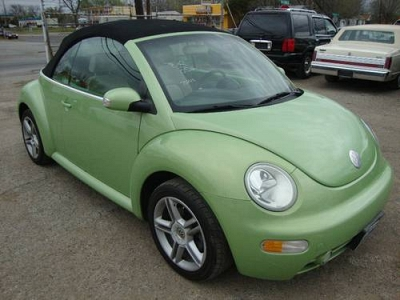 Photo ALL APPROVED 2000 DOLLARS DOWN PAYMENT2005 VW BEETLE GREEN