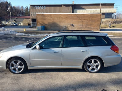 Photo 2005 Subaru Legacy GT Limited Wagon 4-Door 2.5L Turbo