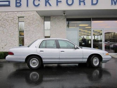 Photo 1996 Mercury Grand Marquis Sedan LS Sedan
