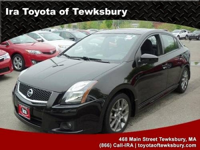 Photo 2011 NISSAN Sentra Sedan 4dr Sdn I4 Manual SE-R Spec V