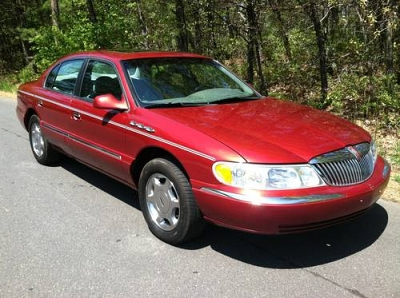 Photo 1999 Lincoln Continental - Red - V8