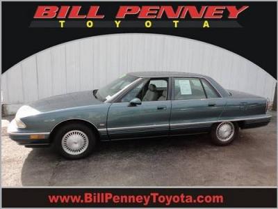 Photo 1995 Oldsmobile Ninety-Eight 4 Dr Sedan Regency Elite