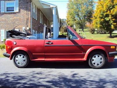 Photo 1990 Volkswagen Cabriolet Base Convertible 2-Door 1.8L