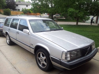 Photo VOLVO WAGON with FORD V8 conversion