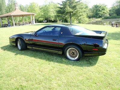 Photo 1987 Pontiac Trans Am GTA Super Clean Must Look 66000 Miles
