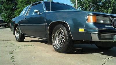 Photo 1987 Oldsmobile Cutlass Supreme