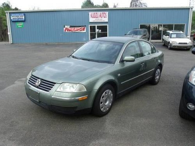 Photo 2003 Volkswagen Passat GL -  Light Green - 1.8L Turbo - Only 80K Miles