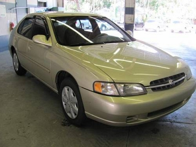 Photo 1998 Nissan Altima 4D Sedan GXE