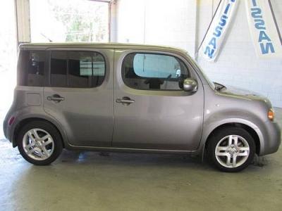 Photo 2010 Nissan Cube 4D Wagon 1.8 S