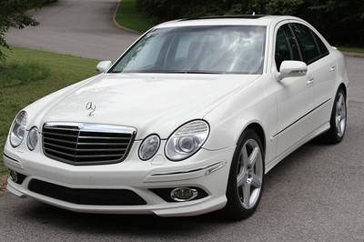 Photo 2008 Mercedes-Benz E550 AMG Sport, P2, Nav