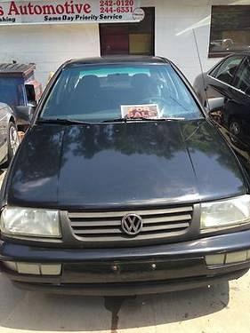 Photo 1999 Volkswagen Jetta GL Sedan 4-Door 2.0L Auto AC WORKS