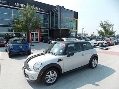 Photo 2011 MINI Cooper Hardtop 2dr Car CARBON BLACK LEATHERETT
