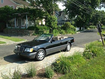 Photo 1995 Mercedes E320 convertible
