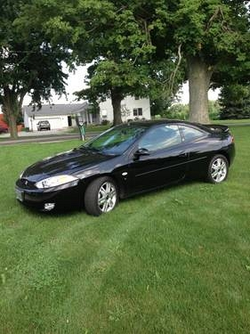 Photo 2002 mercury cougar 35th anniversary edition low miles