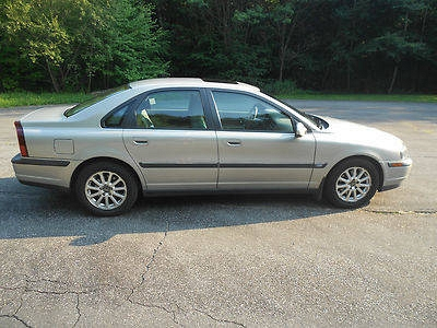Photo 1999 Volvo S80 T6 Sedan 4-Door 2.8L  Parts or Project Car  Only