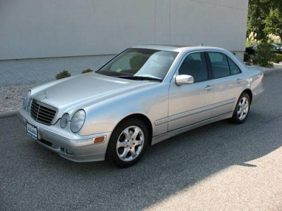 Photo 2002 Mercedes-Benz E320