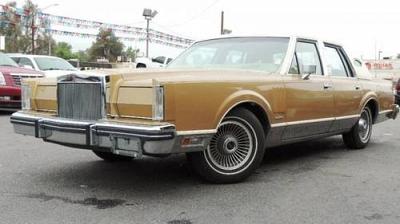 Photo 1982 Lincoln Mark VI 4 Door Sedan Mark IV