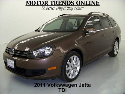 Photo 2011 Volkswagen Jetta SportWagen Wagon TDI PANO ROOF WAGON