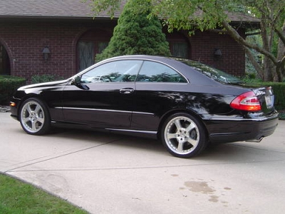 Photo 2003 Mercedes-Benz CLK500 Black 2 Dr Coupe 5.0L 43k miles - Must See