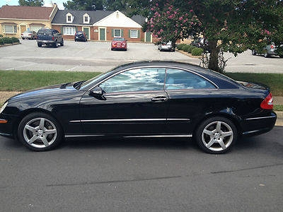 Photo 2005 Mercedes-Benz CLK500 Base Coupe 2-Door 5.0L