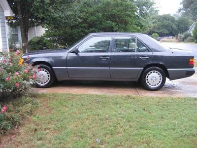 Photo 1991 Mercedes 300E