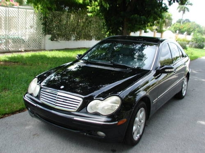 Photo 2003 MERCEDES C320 Private owner and NO accidents