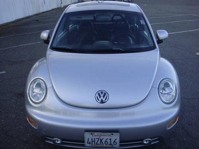 Photo 2000 VW New Beetle