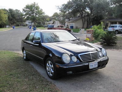 Photo 2002 Mercedes-Benz E320 - Dark Blue - Auto - 104K Miles