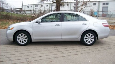 Photo 2007 Toyota Camry hybrid super clean only 103k gas saver.