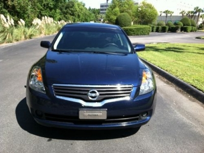 Photo 2009 Nissan Altima 2.5 S BLUE 4CYL GREAT ON GAS