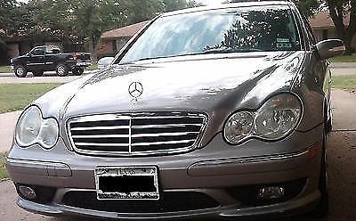 Photo 2005 Mercedes-Benz C230 Kompressor Clean title smoke free