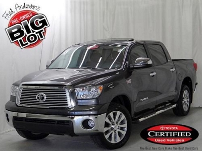Photo 2013 Toyota Tundra 4D CrewMax Platinum