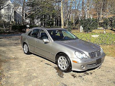 Photo 2006 Mercedes-Benz C280 4Matic Sedan 4-Door 3.0L