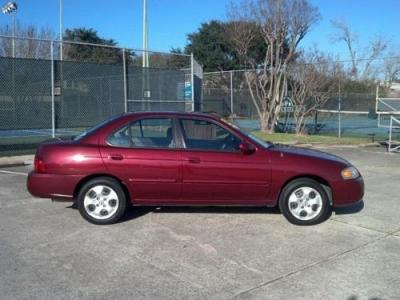 Photo 2004 Nissan Sentra 1.8S Sedan  Warranty  Moonroof  AutoCheck