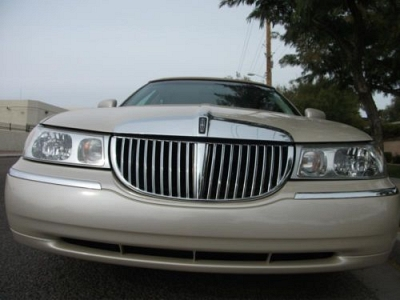 Photo 2002 lincoln town car cartier edition - one owner - az car - 85k miles
