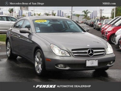 Photo 2010 Mercedes-Benz CLS-Class Coupe 4dr Coupe CLS550 Coupe