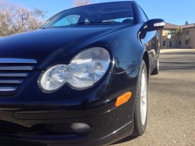 Photo 2003 Mercedes-Benz C230 Kompressor Hatchback - BlkBlk - Clean Title