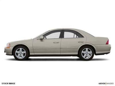 Photo 2002 Lincoln LS 4dr Car WBASE PKG