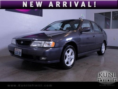 Photo 1998 Nissan Sentra SE with automatic and a sunroof