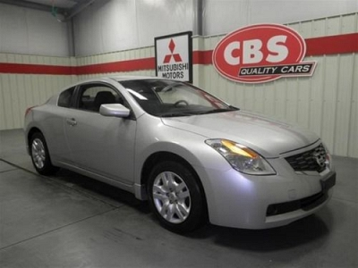 Photo 2009 Nissan Altima Coupe 2.5 S